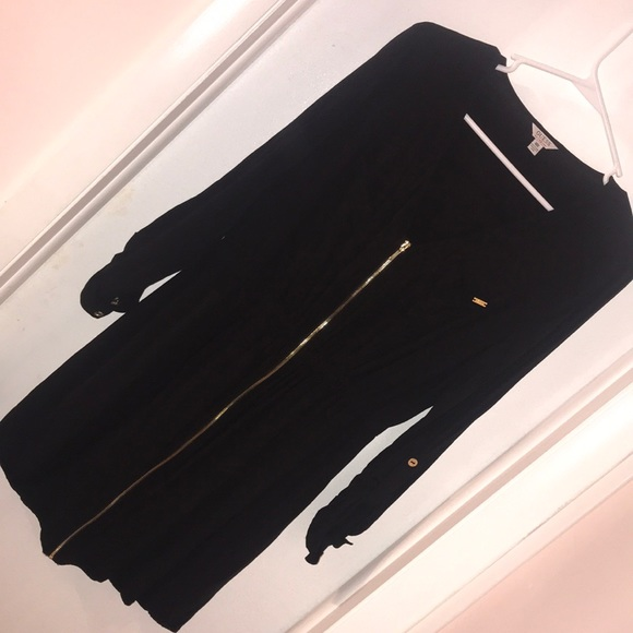Guess Dresses & Skirts - Black Guess dress with Zipper front